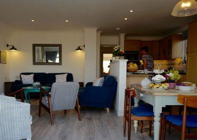 Open plan sitting / dining / kitchen